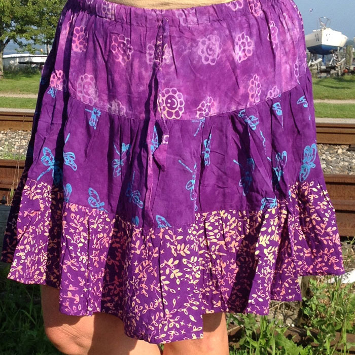 A wide variety of girls gypsy skirt options are available to you, such as plus size, maternity, and anti-wrinkle. You can also choose from % cotton, % polyester, and spandex / cotton. As well as from oem service, in-stock items.